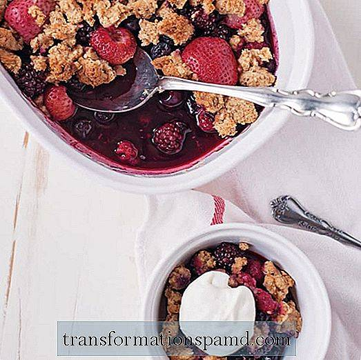 Den perfekte dessertoppskriften for alle: Mixed Berry Cobbler (Vegan + Paleo)